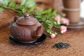 Příprava čaje Oolong se nazývá Kung-fu cha