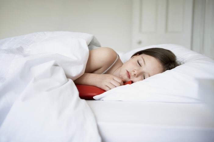 <span>Dostatek spánku je při hubnutí důležitý. Odpočinutý organismus hubne rycheji.</span>