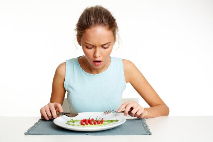 <span>Přestaňte se trápit hlady. To není cesta, jak trvale zhubmout. Jde to i jinak.</span>