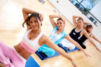 Atkinsova dieta – nebo také nízko sacharidová dieta – spoléhá na to, že přestanete vašemu tělu dodávat sacharidy.
