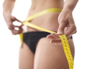 Pokud uvažujete o tom, že byste chtěli zhubnout právě boky, pak vám poradíme jak na to.
