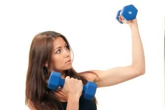Velikost prsou tedy přímo závisí na množství uloženého tuku. Samotné prsní svaly se na celkovém objemu podílí jen z menší části