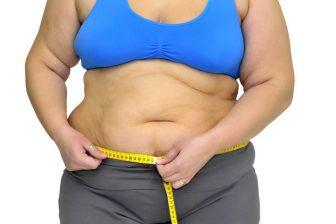 I u žen, které již mají celulitidu na stehnech, břiše nebo na zadku, pomáhá snížení váhy k potlačení projevů celulitidy.