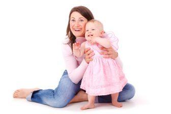 Doba těsně po porodu určitě není vhodný čas na nějaké radikální hubnutí. Vaše tělo potřebuje i několik týdnů na zotavení z prodělaného porodu.
